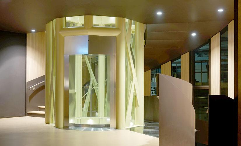 Cantina Zýmē, Tecnoedil Verona fornisce le tecnologie edili e le opere in vetro per il progetto dell'architetto Moreno Zurlo.